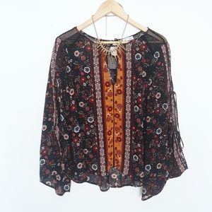 Tops - Boho floral flowy blouse